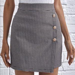 Wrap front asymmetrical houndstooth button skirt